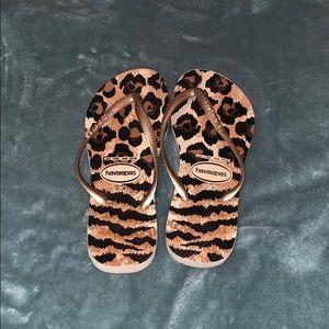 Cheetah Print Havaianas Size 7/8